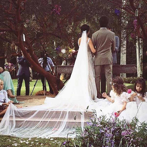 Casamento ao ar livre Lago Buriti de Isis Valderde - Renata Paraiso (11)